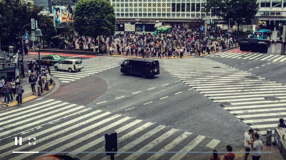 免费视频素材,人群穿过街道交界处
